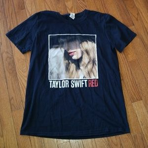 Taylor Swift Red T Shirt Size Medium